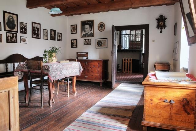 Rodný dom súrodencov Rázusovcov, interiér
