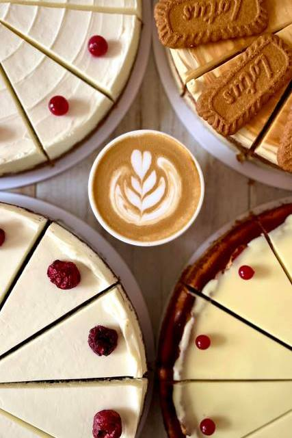 Aurelica káva, zákusky