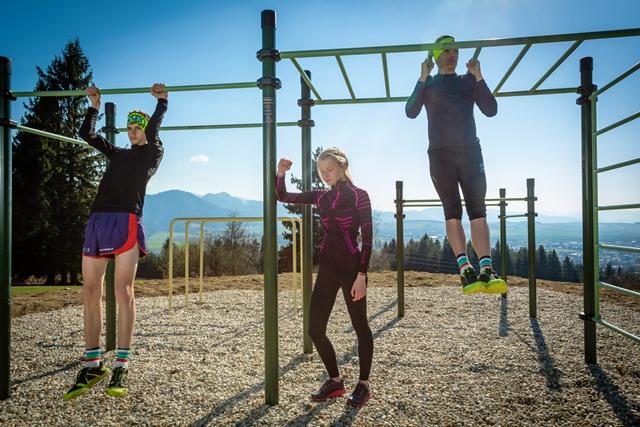 Workoutové ihrisko na vrchole Hája