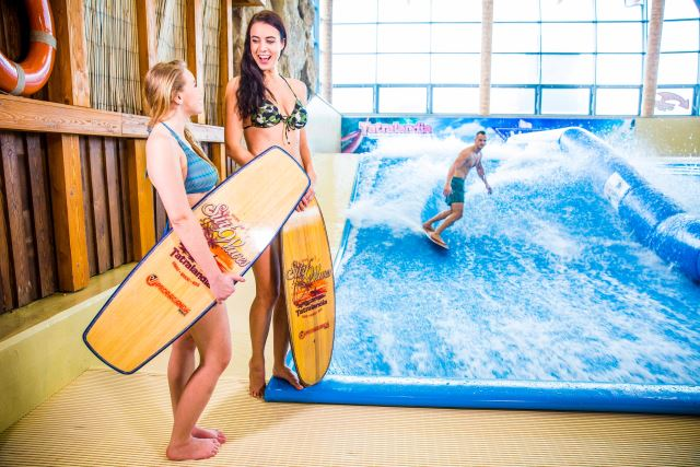 Surf waves Tatralandia