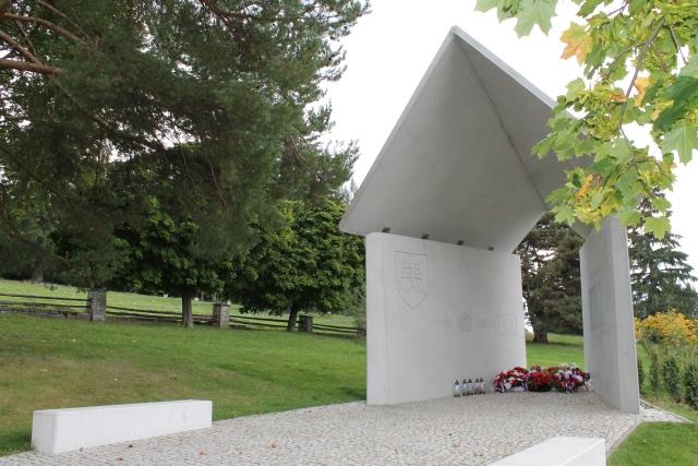 Pomník novodobým vojnovým veteránom