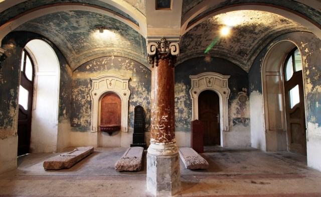 Vstupný priestor synagógy