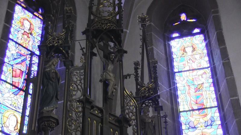 Kostol sv. Mikuláša - vitrážové okná