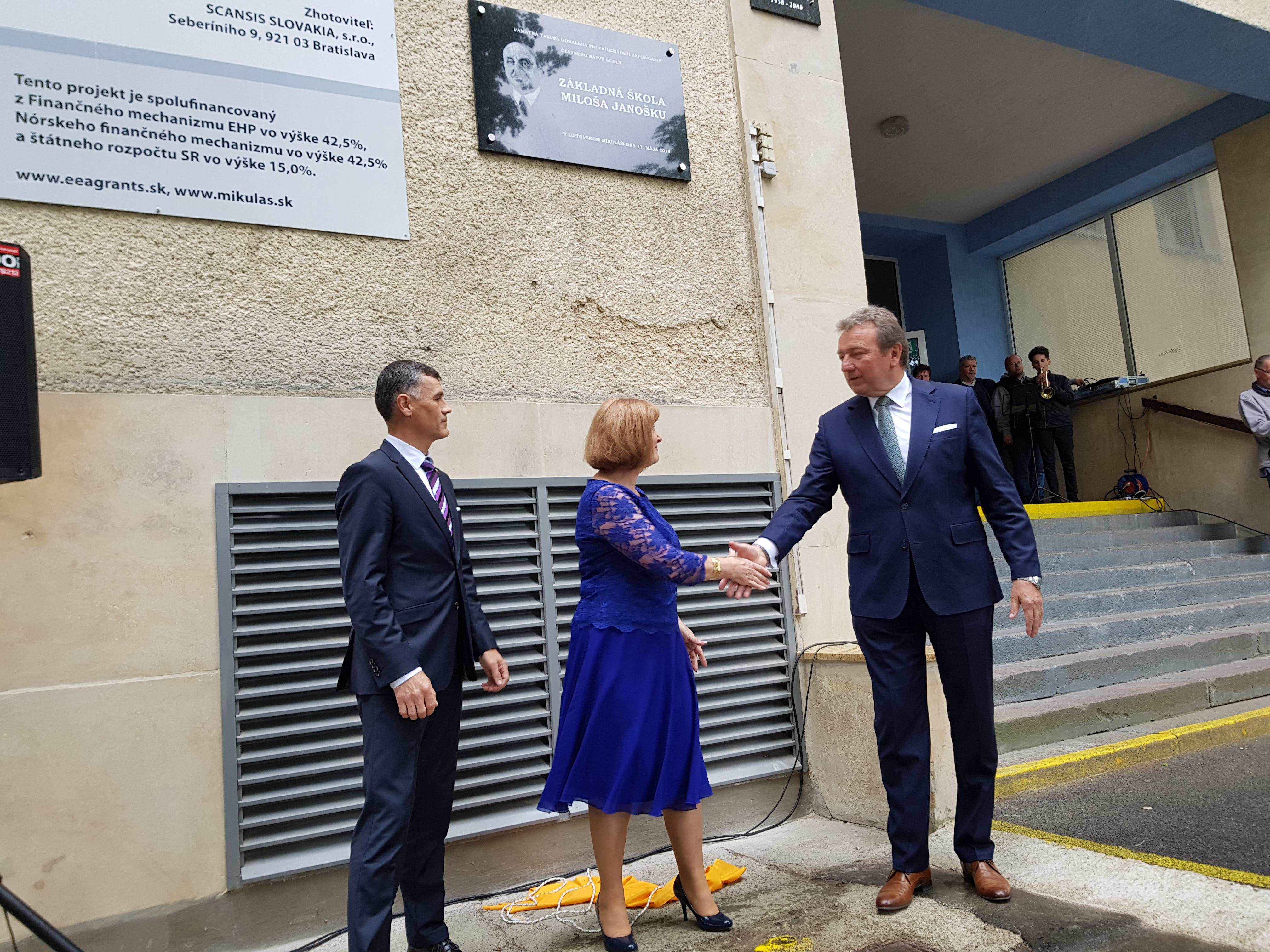 Najstaršia škola v meste už nesie čestný názov po Milošovi Janoškovi