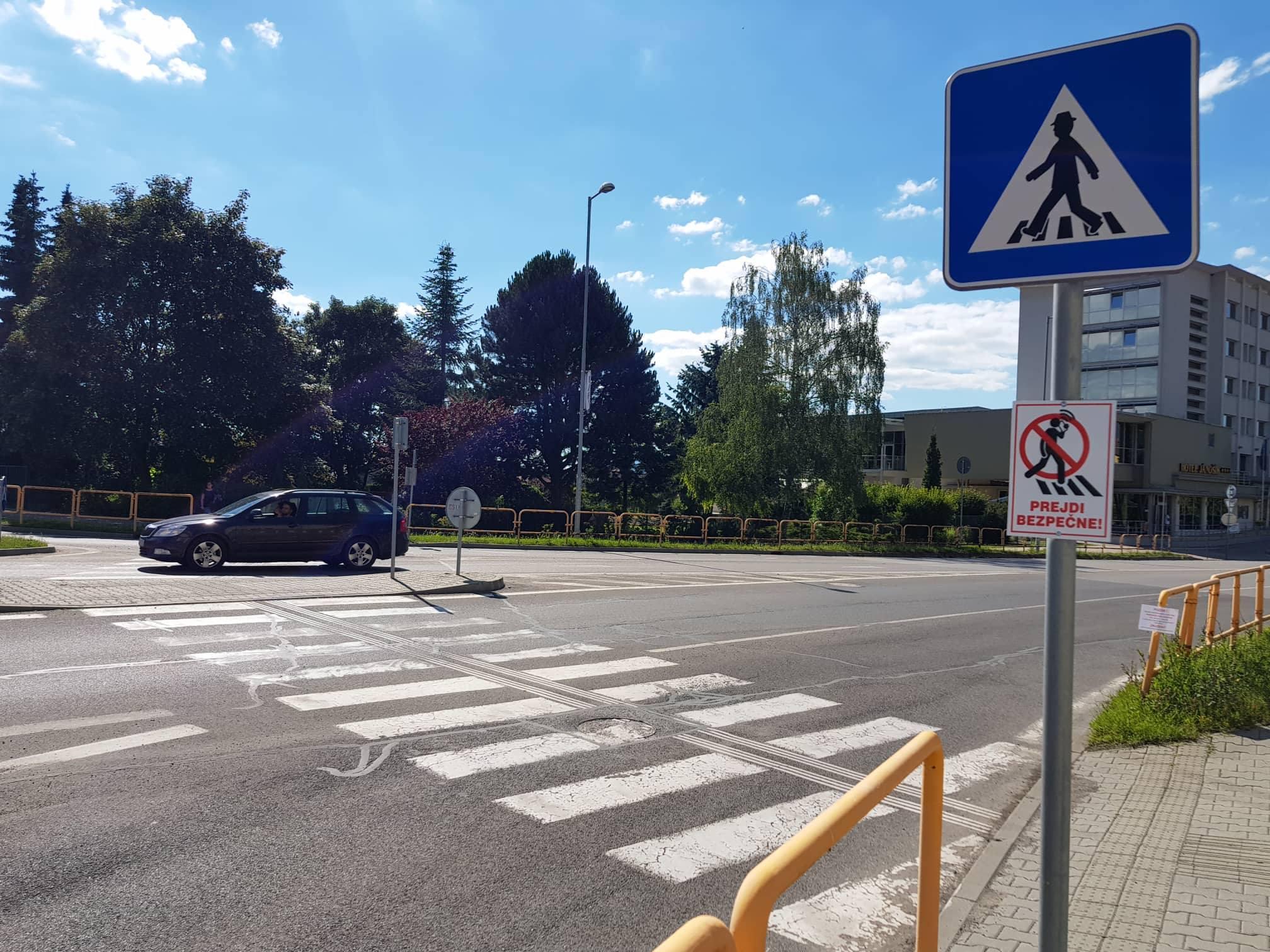 Novinka v bezpečnosti chodcov: Nepozeraj do mobilu a prejdi bezpečne!