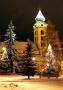 Na námestí zažiari vianočný stromček, ktorý doposiaľ robil tmu