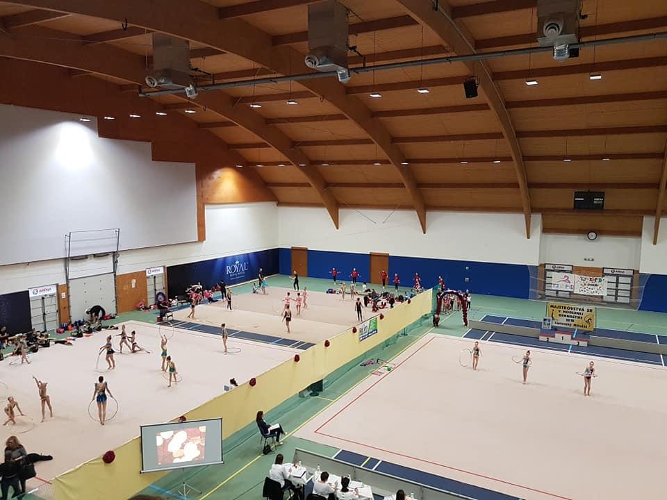 Hostili sme slovenský šampionát v modernej gymnastike