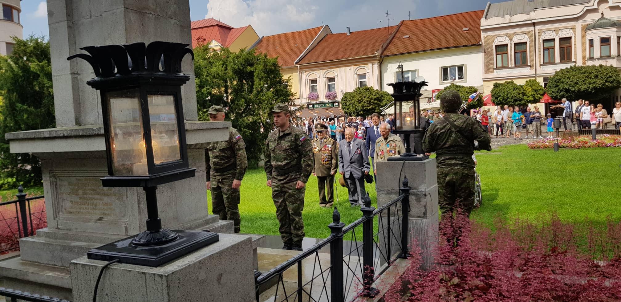 Dôstojne sme si pripomenuli 75. výročie Slovenského národného povstania