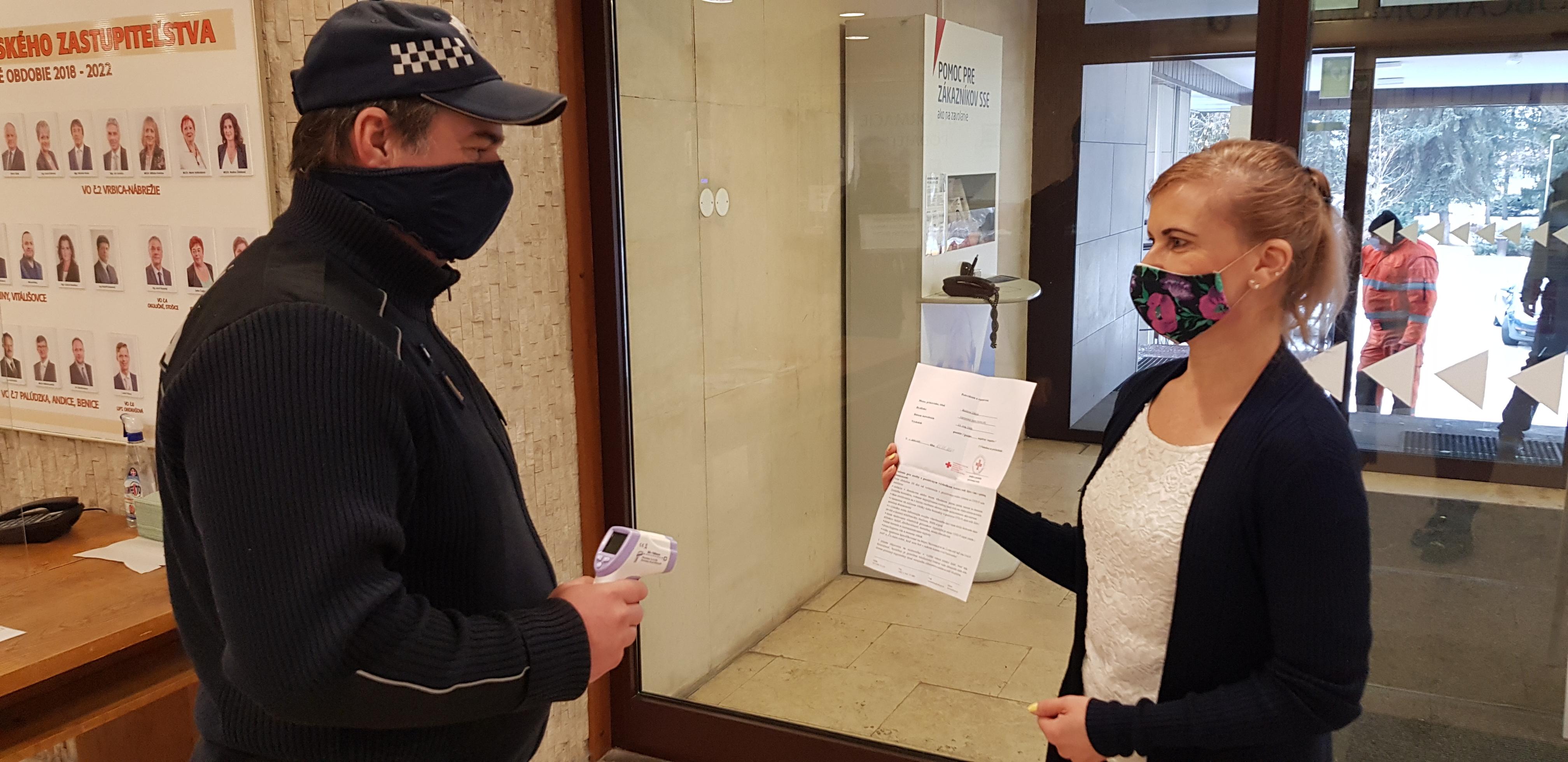 C⭕VID-19: Podmienky pri vstupe do budovy mestského úradu