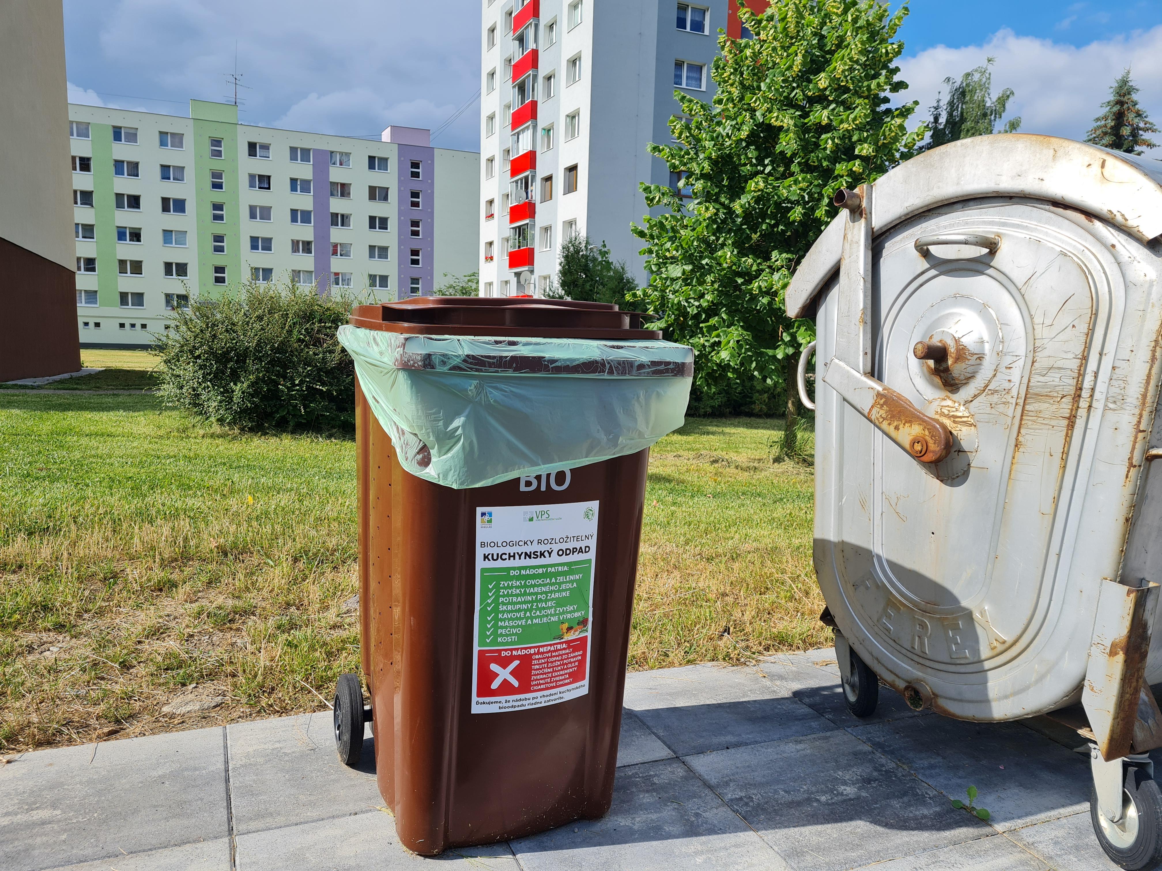 Začíname so zberom kuchynského odpadu!